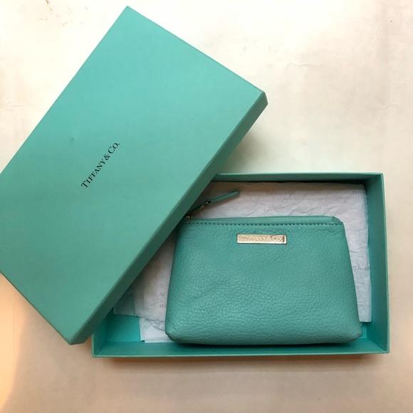 031c2e97fd7 Tiffany Co Grain Leather Cosmetic Bag Pouch Nwt